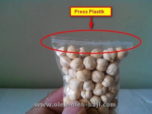 Bungkus Kacang Arab